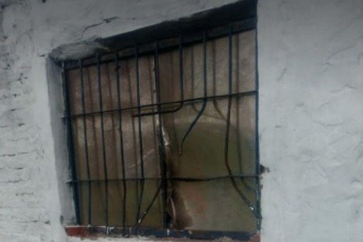 Aprovecharon la tormenta y robaron la escuela de fútbol César Luis Menotti en Luján