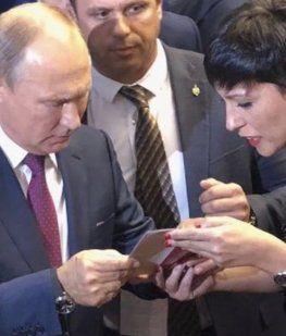 Mayra Mendoza denunció ante Putin que a CFK la quieren encarcelar