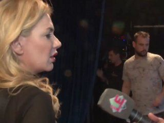 Esmeralda Mitre, furiosa con el notero de Los especialistas del show.