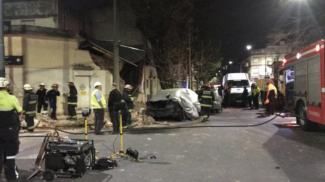 Explosión y derrumbe en una casa de Monte Castro: hay cuatro heridos