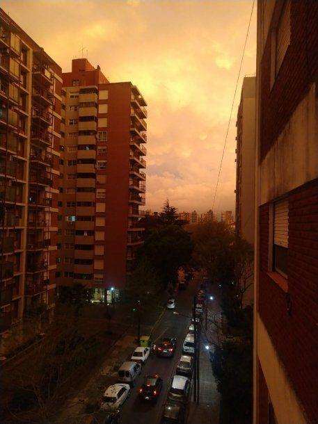 <p>El día que el cielo de Buenos Aires se volvió sepia</p>
