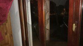 Fue hasta la casa de su ex,  le rompió  los vidrios a piedrazos y la detuvieron