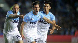 Lisandro López, Augusto Solari y Pol Fernández celebran el gol de la victoria