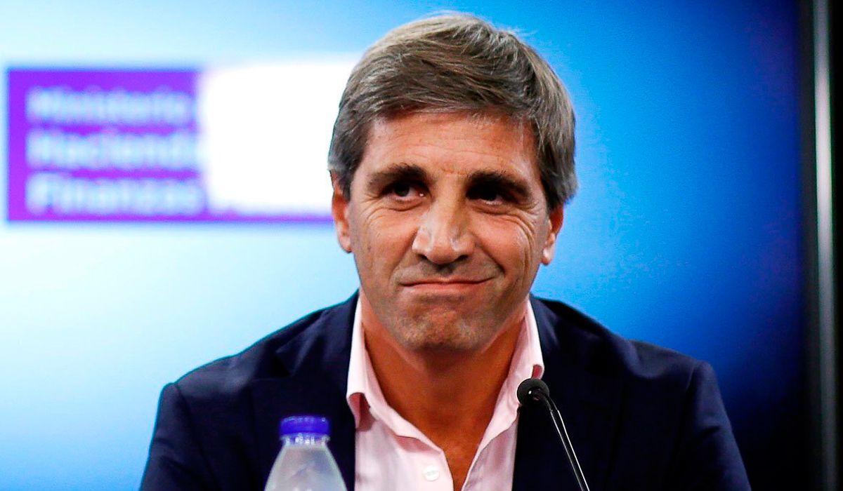 Caputo defendió a Alberto Fernández y cuestionó al Gobierno por el dólar