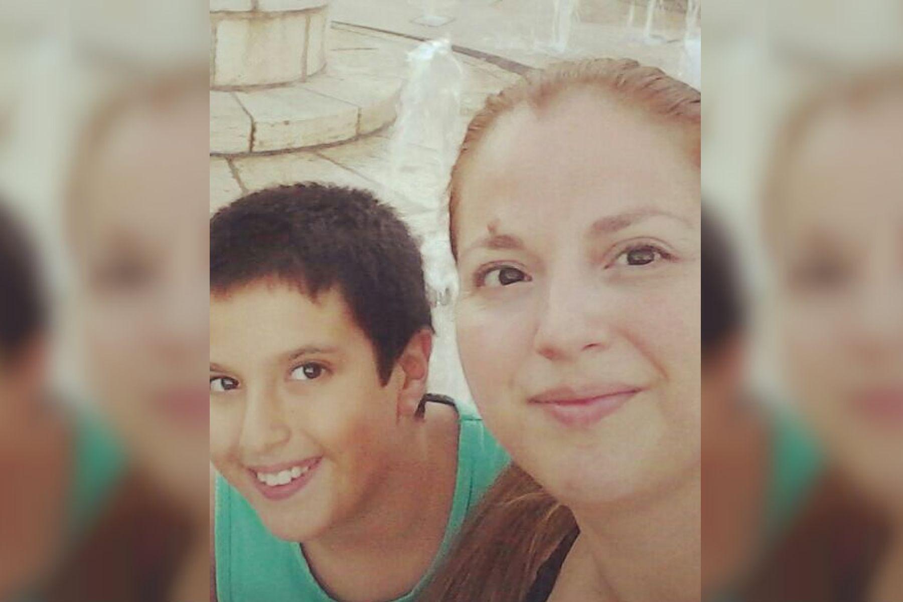 Un nene perdió el celular con los recuerdos de su mamá muerta y pide ayuda para encontrarlo
