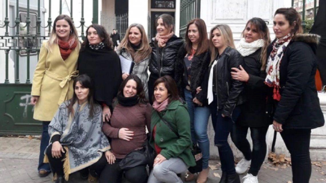 Rosario: la justicia permitió por primera vez que 6 mamás cultiven cannabis medicinal para sus hijos