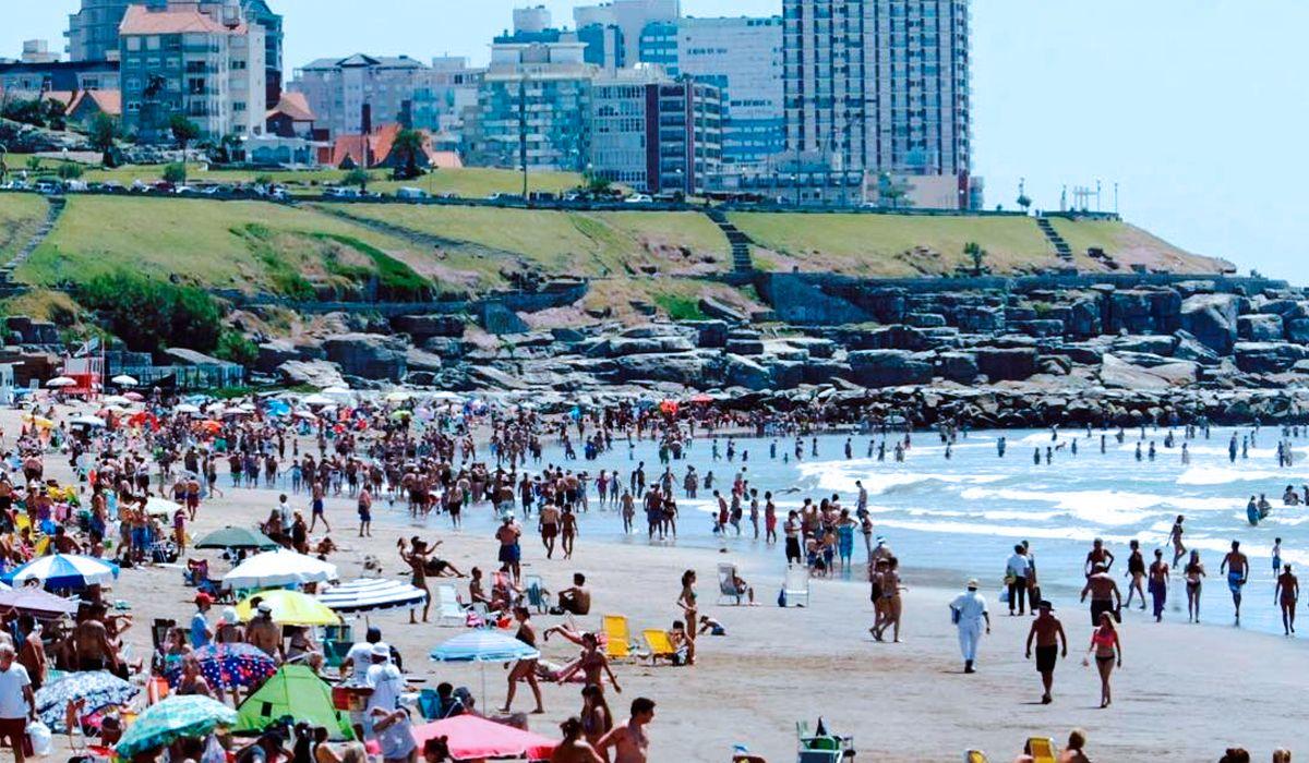 Último fin de semana largo del año: el pronóstico del tiempo para la Ciudad y Costa Atlántica