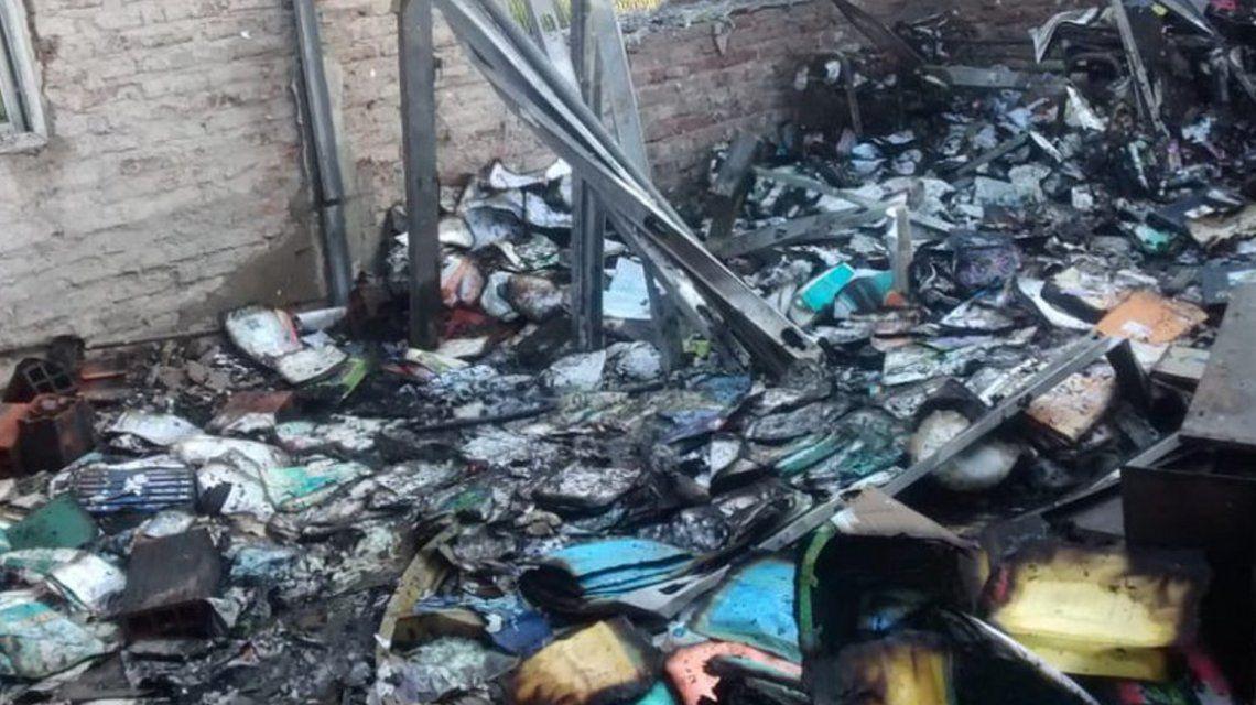 Otro colegio incendiado en Moreno: sospechan que fue un acto de vandalismo