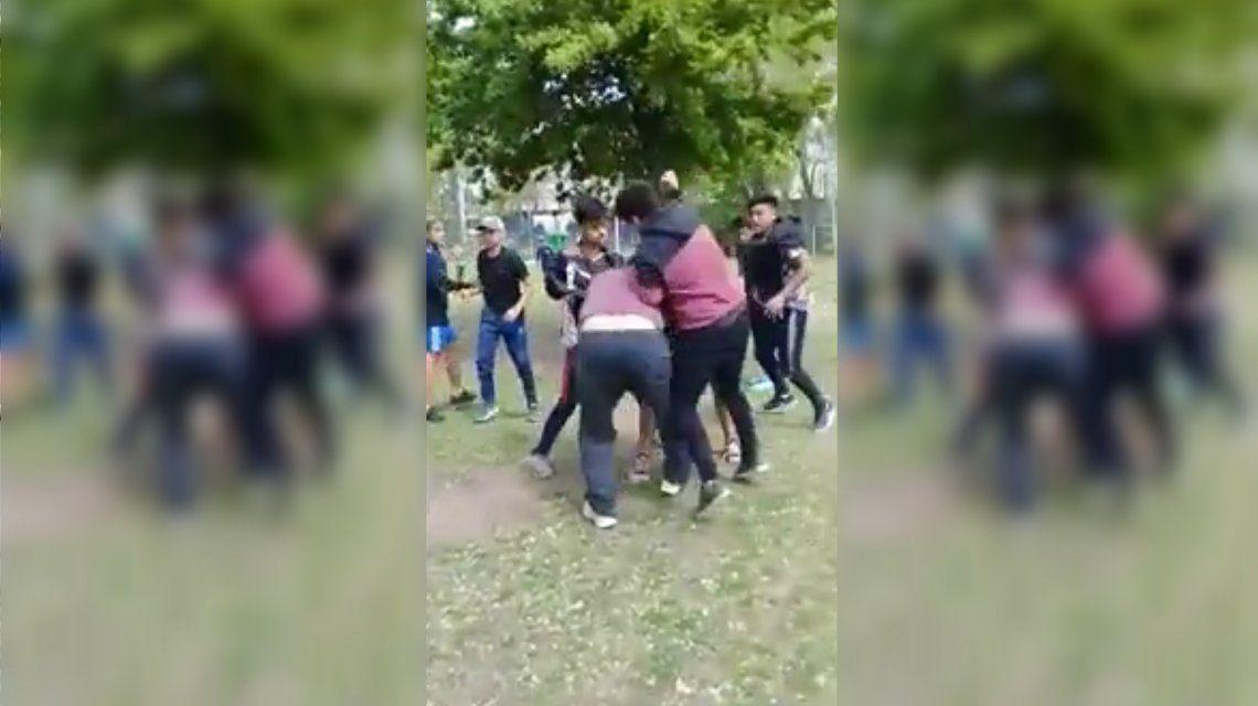 Una pelea entre chicos terminó con un padre apuñalado