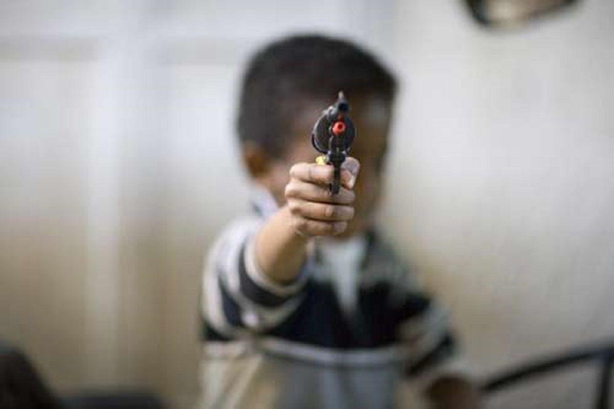 Un nene mató a su abuela con una pistola que creyó que era de juguete