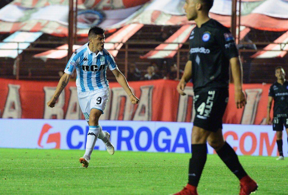 Gol de Cristaldo para Racing ante Argentinos .- Créditos: @argsaf