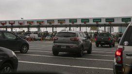 Un conductor mató a tiros a otro delante de su pareja e hijos en la autopista Illia