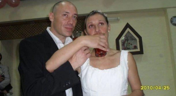 <p>Dami&aacute;n Cutrera y su esposa</p>