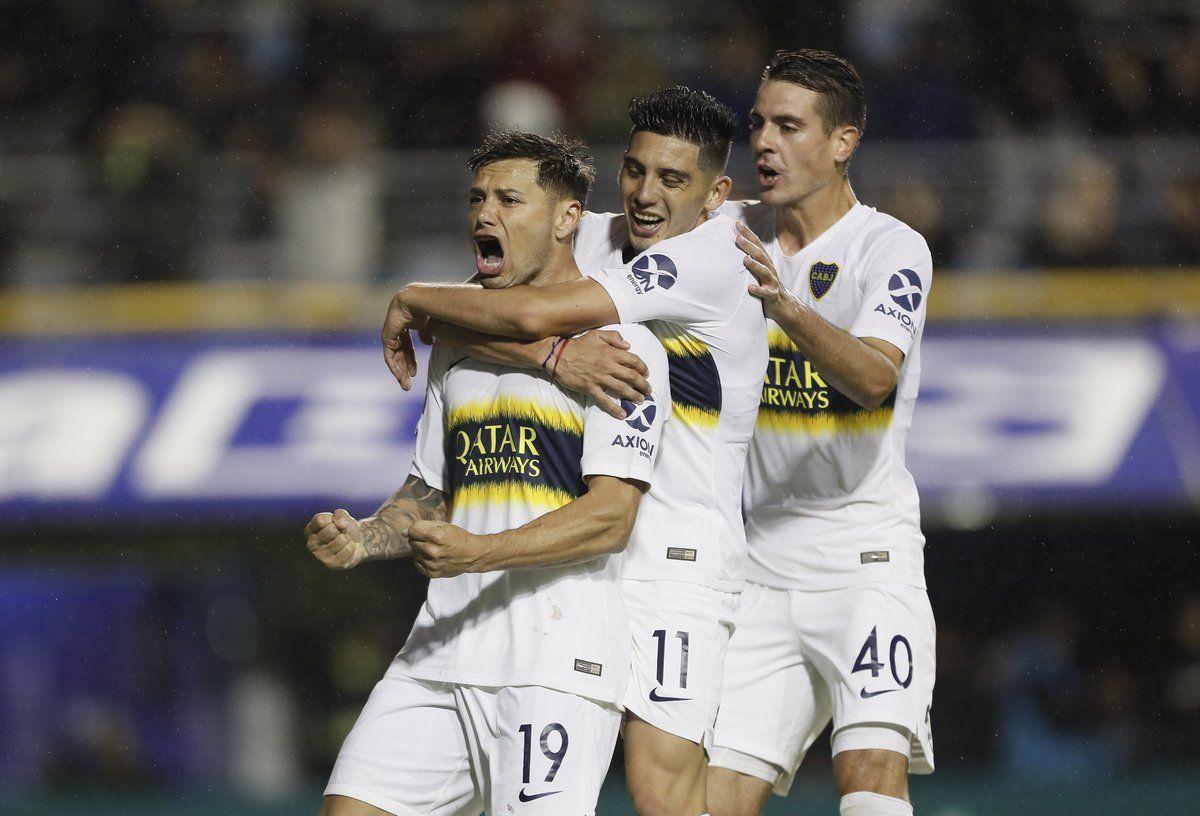 Mauro Zárate en Boca - Crédito:@BocaJrsOficial