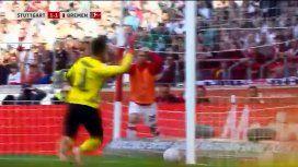 Gol en contra deRon-Robert Zieler, del VfB Stuttgart
