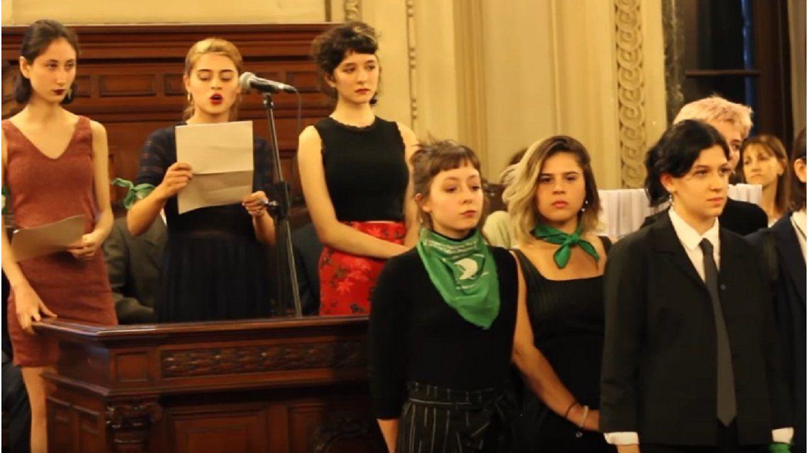 Denuncian a docentes, preceptores y autoridades por acoso sexual en el Nacional Buenos Aires