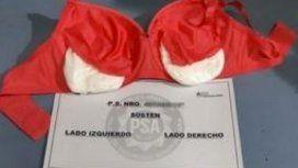 Detuvieron a una mula voladora: llevaba un kilo de cocaína en sus partes íntimas
