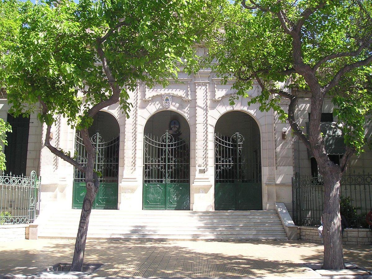 San Juan: denuncian la presencia de fantasmas en la Escuela Normal Sarmiento