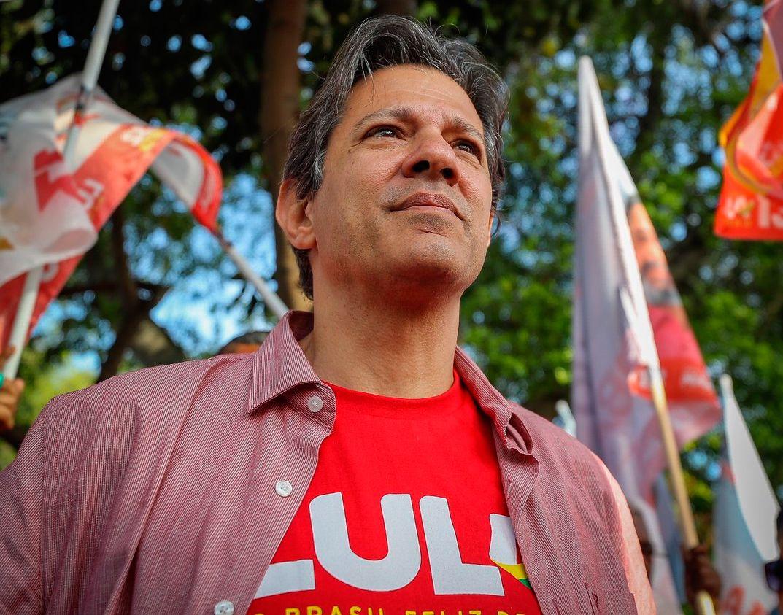 Haddad, frente al duro desafío de ocupar los zapatos de Lula
