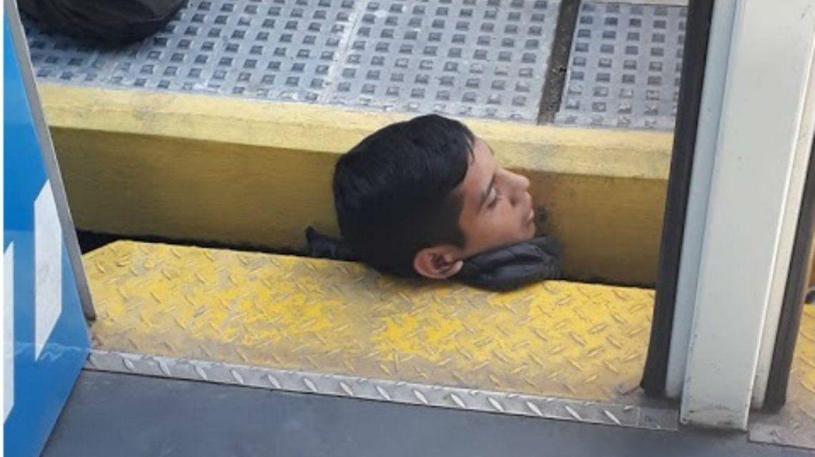 Un chico quedó atrapado entre la estación y el tren