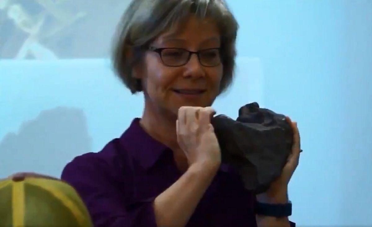 Usaba como tope un meteorito de 100 mil dólares