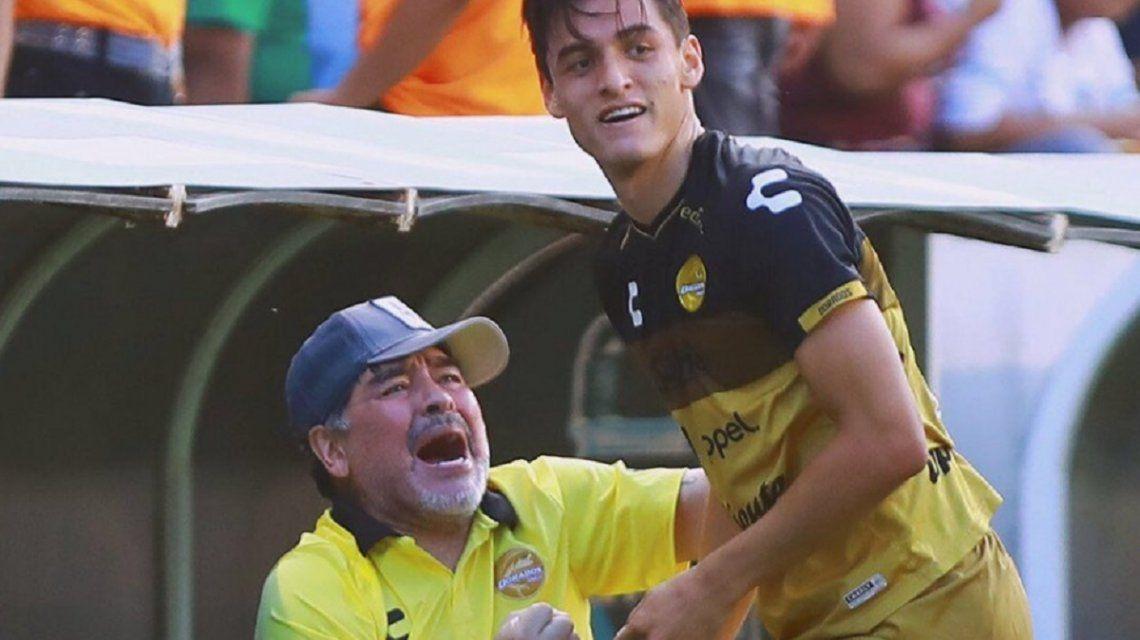 ¡Mueva, Diego! Dorados volvió a ganar y Maradona bailó cumbia en el vestuario