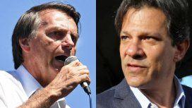A seis días del balotaje en Brasil, Bolsonaro consolida su ventaja sobre Haddad