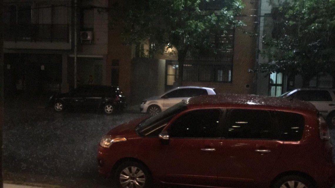 Diluvió y granizó en Ciudad y provincia de Buenos Aires