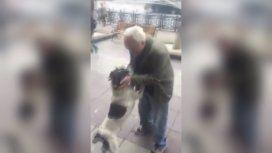 Bereziani extrañaba a Jorge, su perro