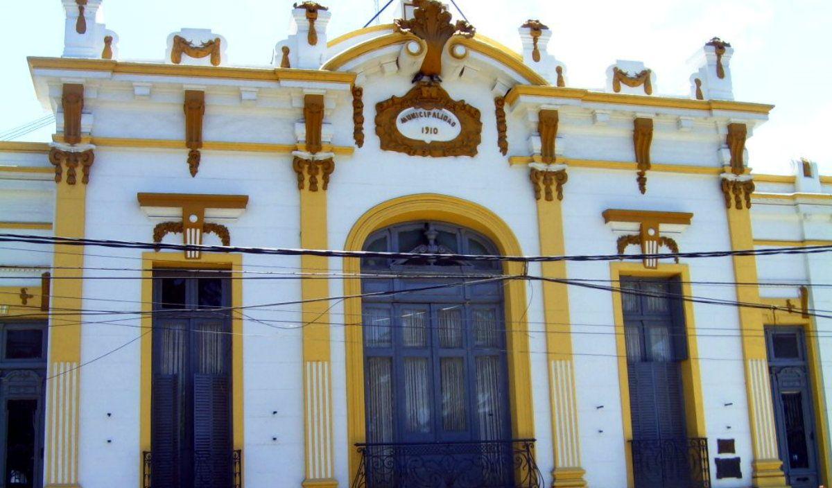 Allanaron una oficina de la Municipalidad de Moreno en el marco de una causa por auxiliares docentes truchos
