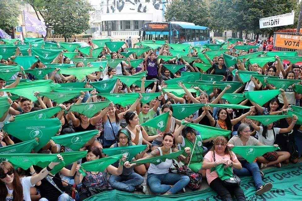 Comenzó el 33° Encuentro Nacional de Mujeres en Chubut