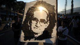 El Papa proclamó santo a monseñor Romero, La voz de los sin voz en El Salvador