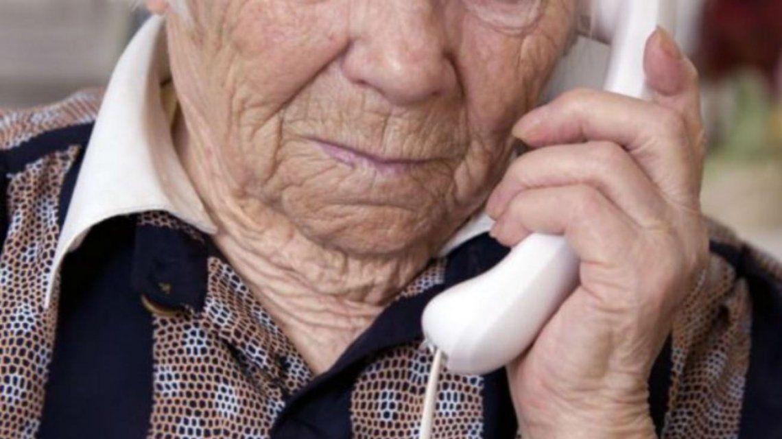 Jubilados sufren esafas teléfonicas
