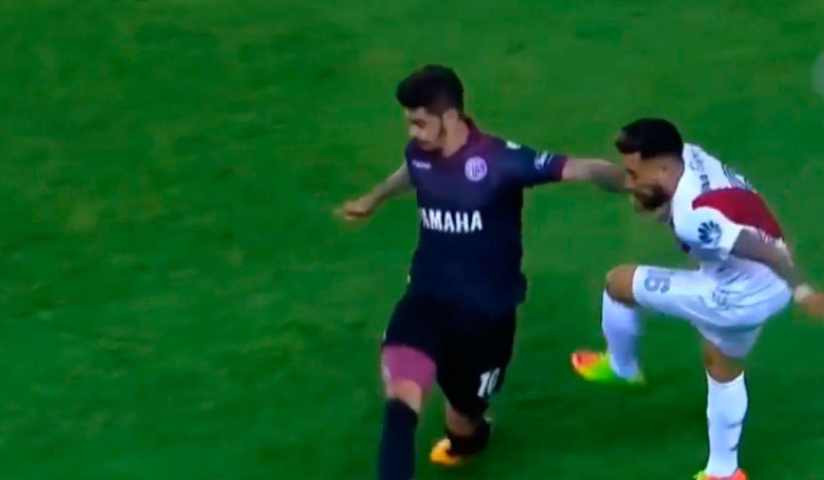 River vs. Gremio será dirigido por el peruano Víctor Carrillo
