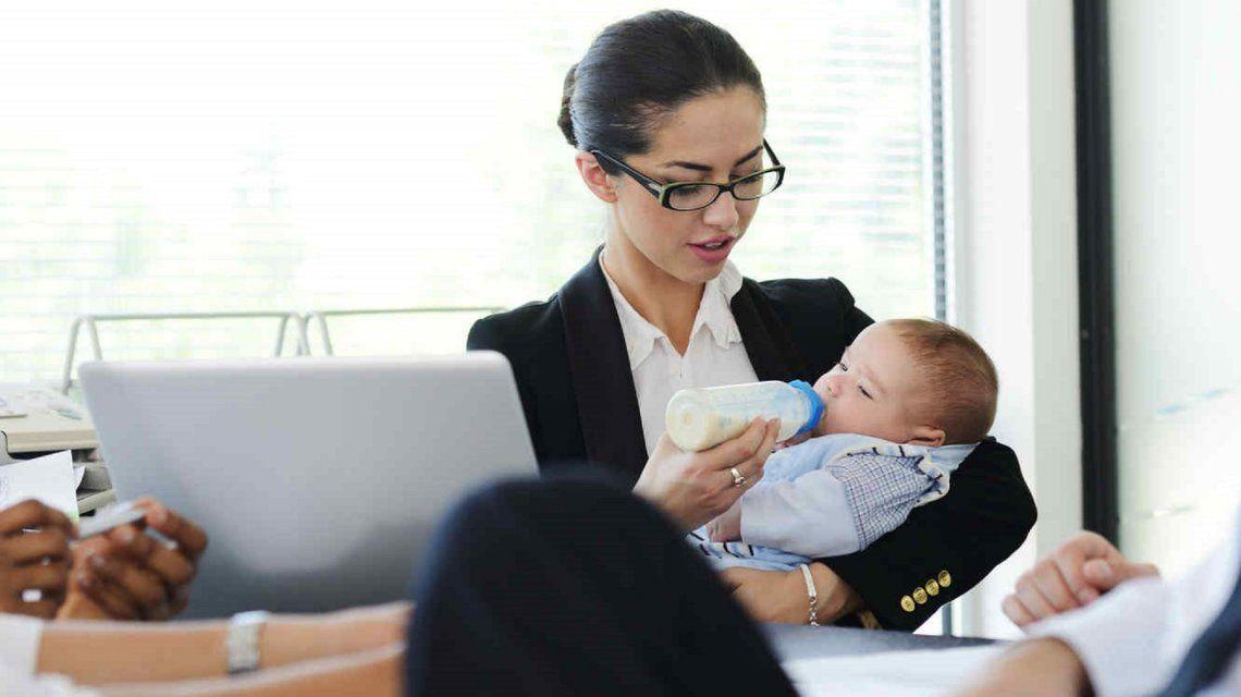 El 84% de los ejecutivos cree que ser madre es un obstáculo en la carrera de la mujer
