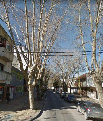 Balearon a un decano de UTN en la puerta de su casa en La Plata