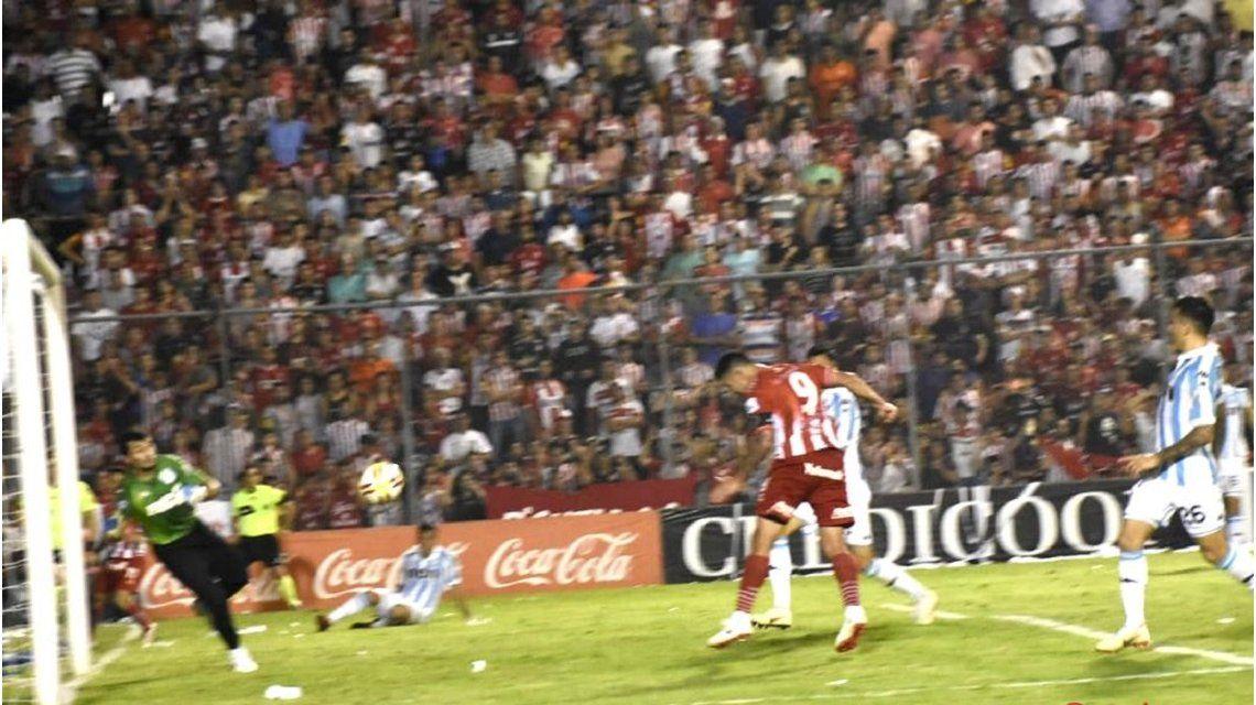 San Martín de Tucumán vs Racing - Crédito:@CASMOficial