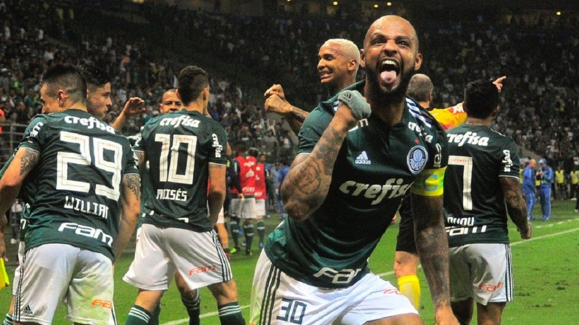 Felipe Melo es uno de los baluartes del mediocampo del Palmeiras