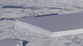 La NASA encontró en la Antártida un iceberg rectangular perfecto