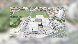 Iniciativa de la Provincia contra la crisis laboral en Mar del Plata: más de 10 cuadras de fila para entregar un CV