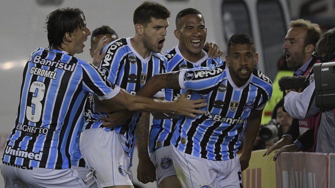 River perdió con Gremio en el Monumental (@Libertadores)