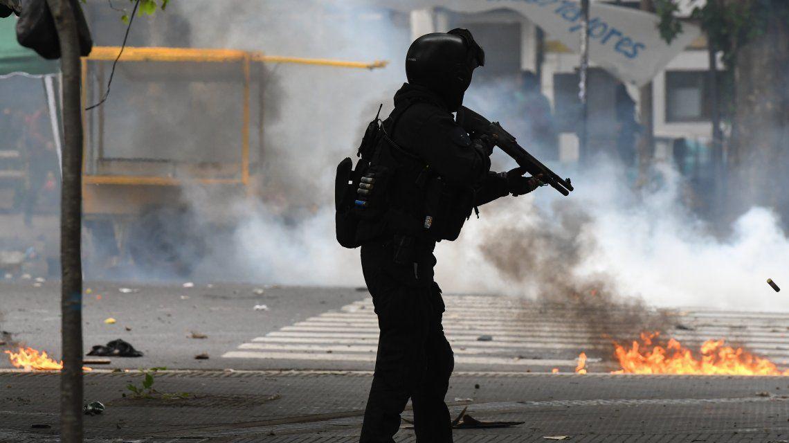 Doctrina Chocobar: el Gobierno reglamentó el uso de armas de fuego