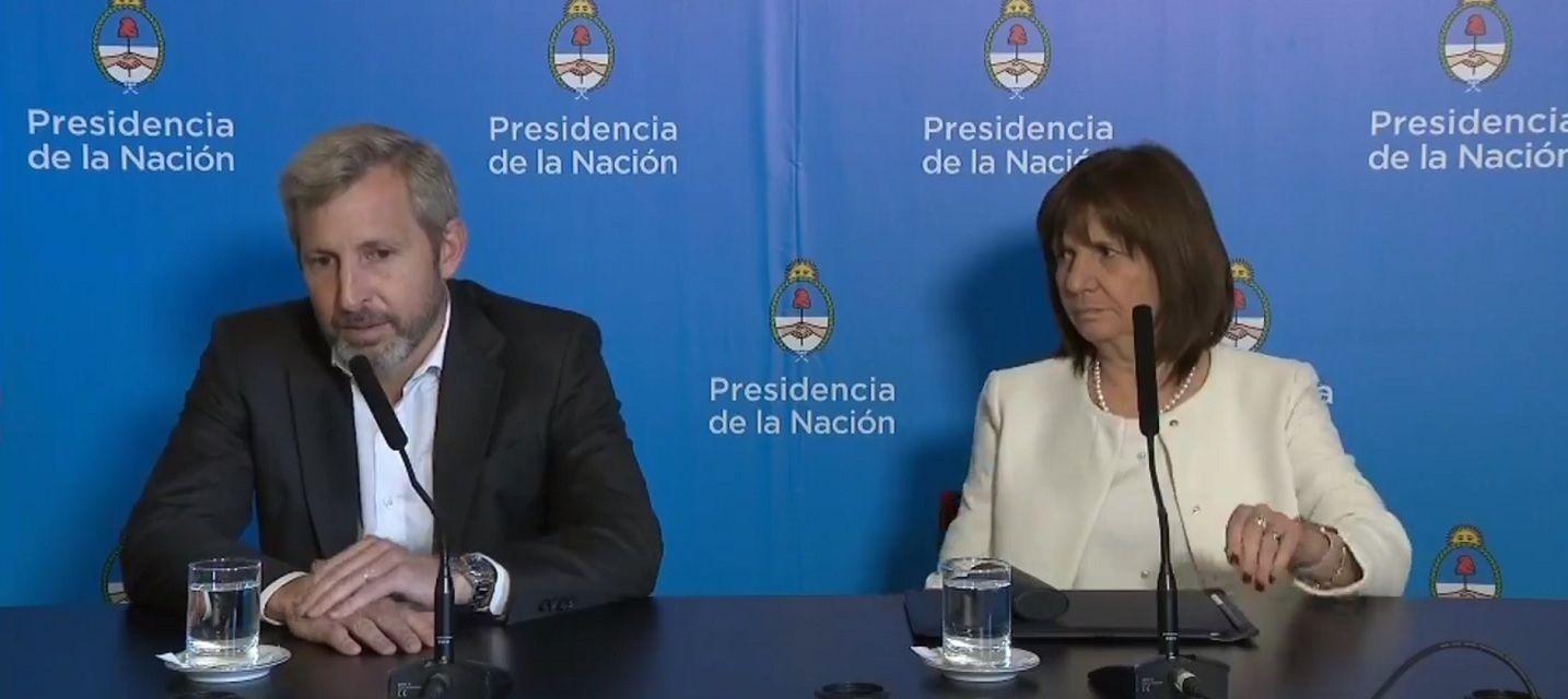 El Gobierno negocia con parte del peronismo endurecer la ley migratoria