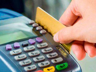 el uso de tarjetas de debito y credito crecio un 14% en noviembre