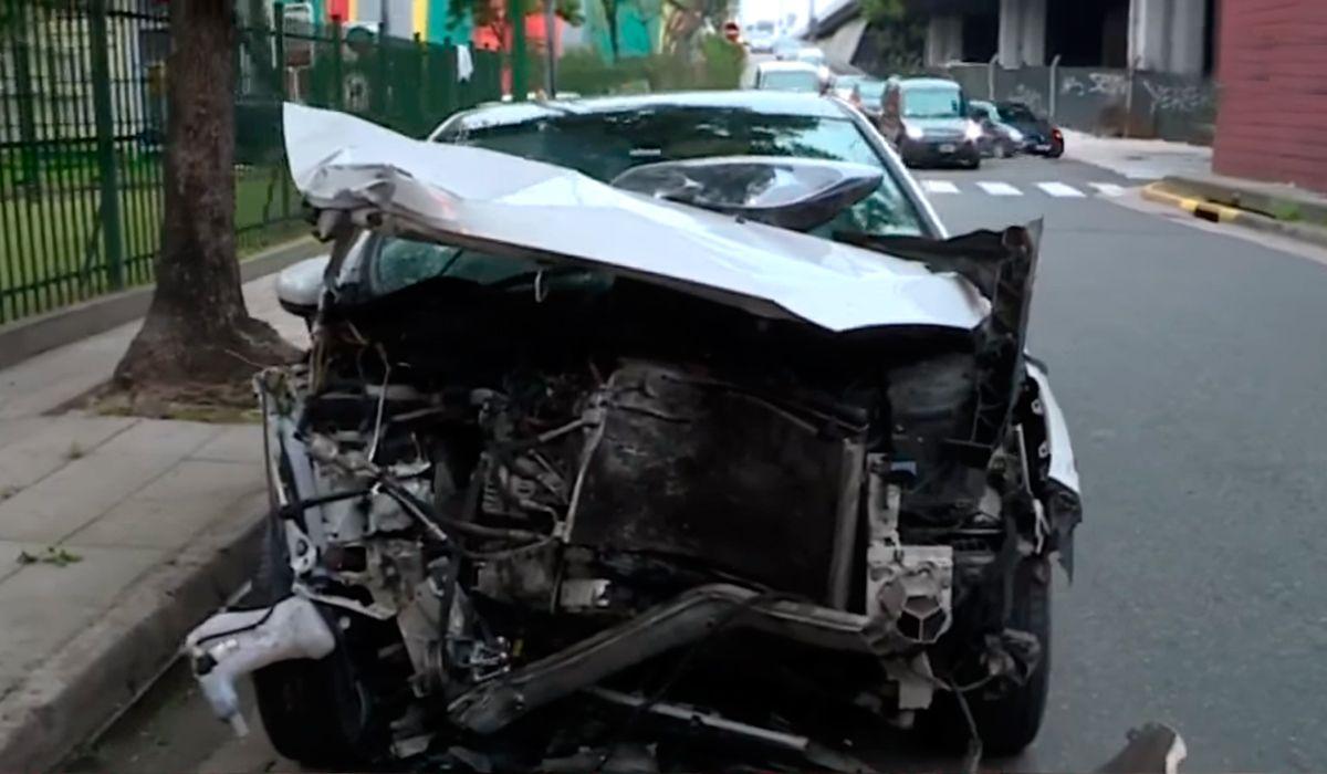San Cristóbal: se quedó dormido, chocó y abandonó a su novia en el auto