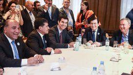 Urtubey, Zamora, Corpacci, Casas, Manzur y Schiaretti participaron de la reunión.