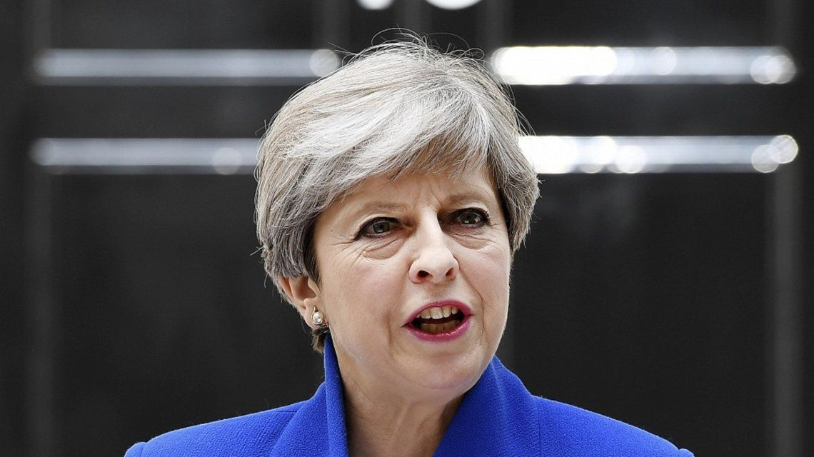 El vice de Theresa May renunció en medio de un escándalo sexual