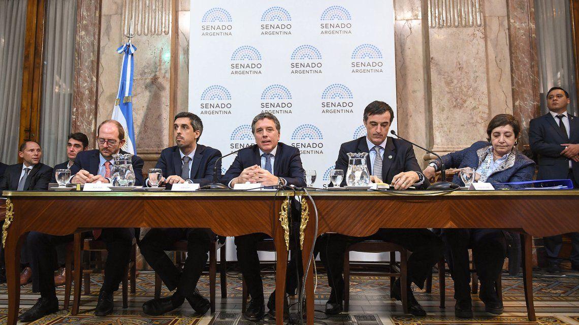 Dujovne en el Senado: Sin la ayuda del FMI el ajuste sería mucho mayor