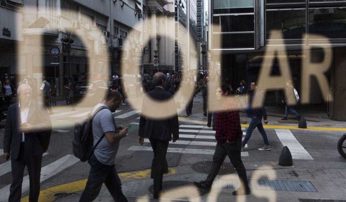 El dólar vuelve a bajar tras el cambio de estrategia del Banco Central