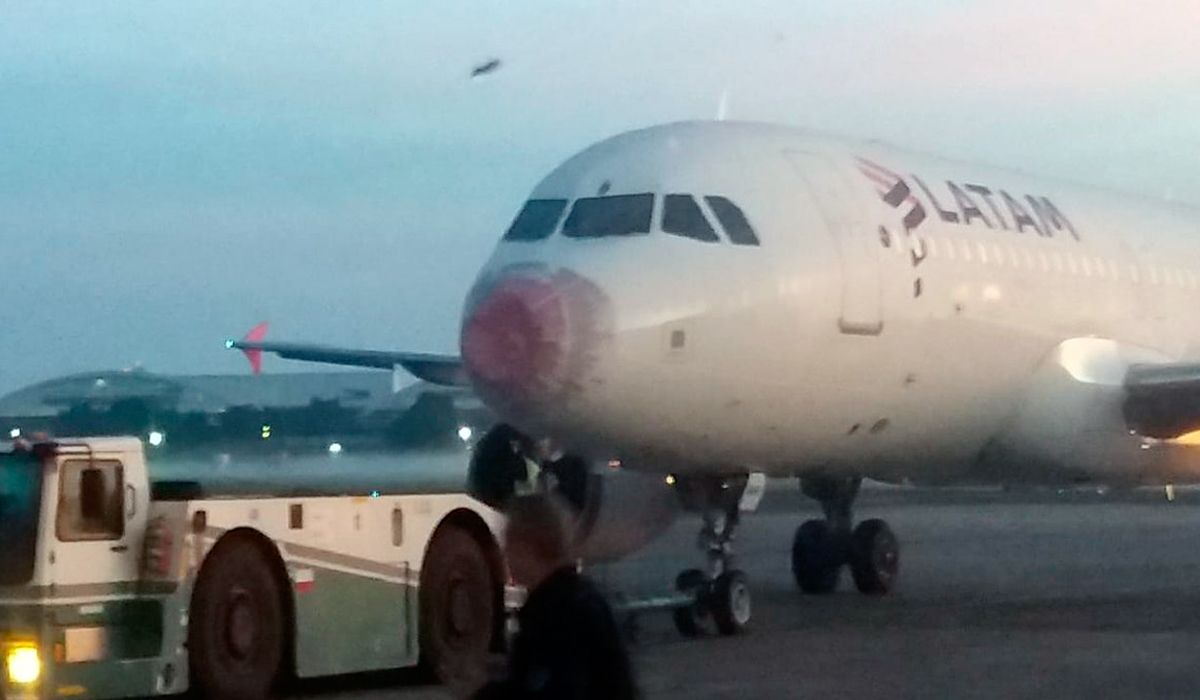 Por una tormenta, un vuelo de Latam que iba a Chile aterrizó de emergencia en Ezeiza